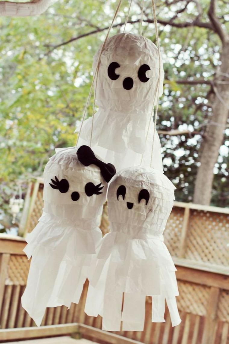 fantômes pour la famille Halloween