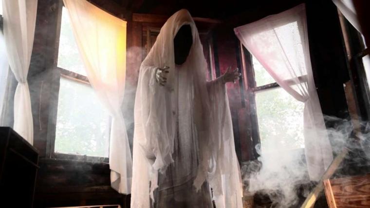 fantômes pour Halloween réaliste