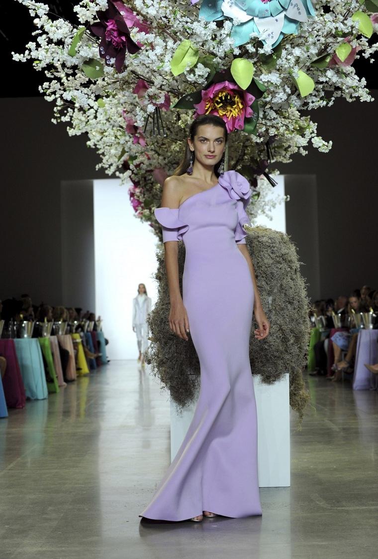 mode-2019-couleurs-lavande-robe-longue