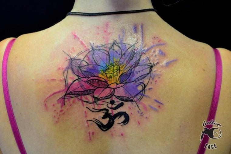 tatouage de belle fleur