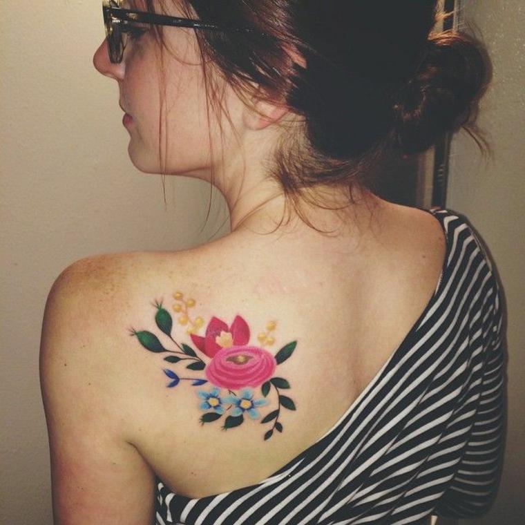 conception de tatouage de fleurs