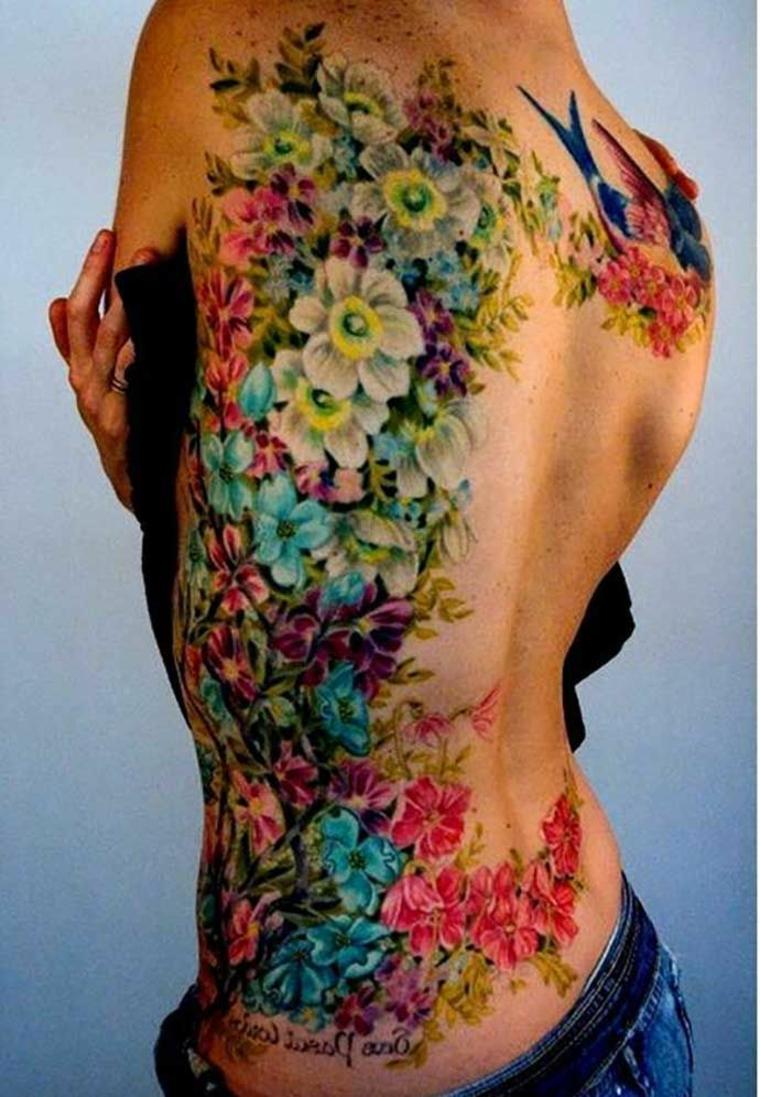 tatouage de fleur génial
