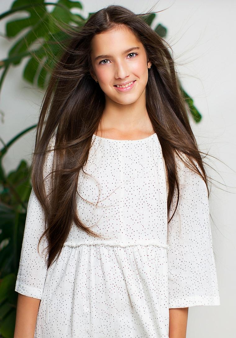 soin-cheveux-filles-cheveux-brun