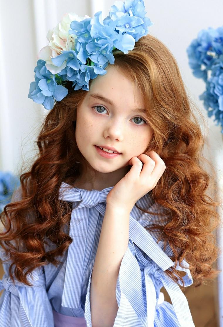 soins-cheveux-filles-fleurs-couronne-belle