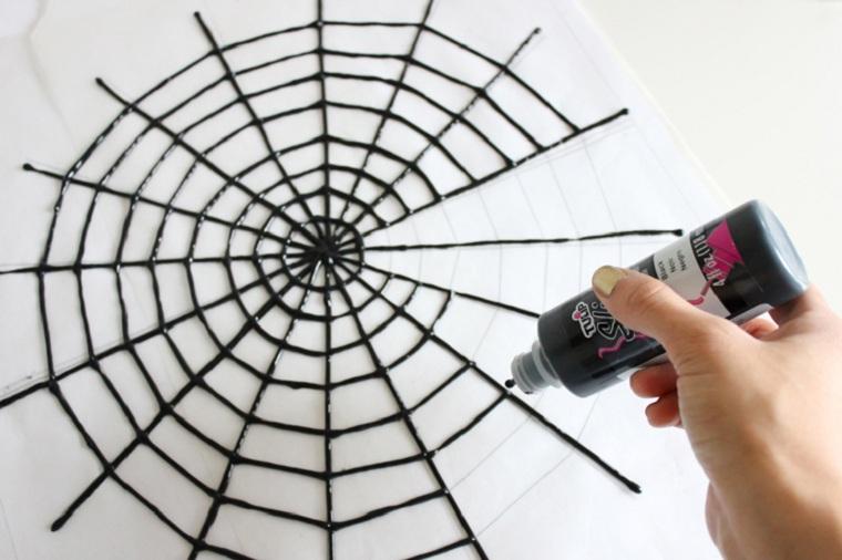 halloween-2018-idées-table-décoré-peinture-noir