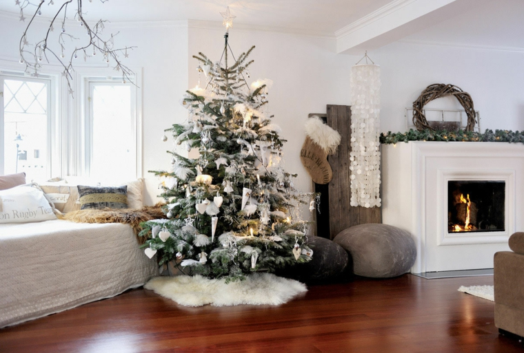 décorer-maison-style-arbre scandinave-noel