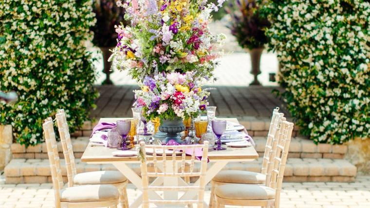 table-mariage-sans-air-fleurs-décoration-options