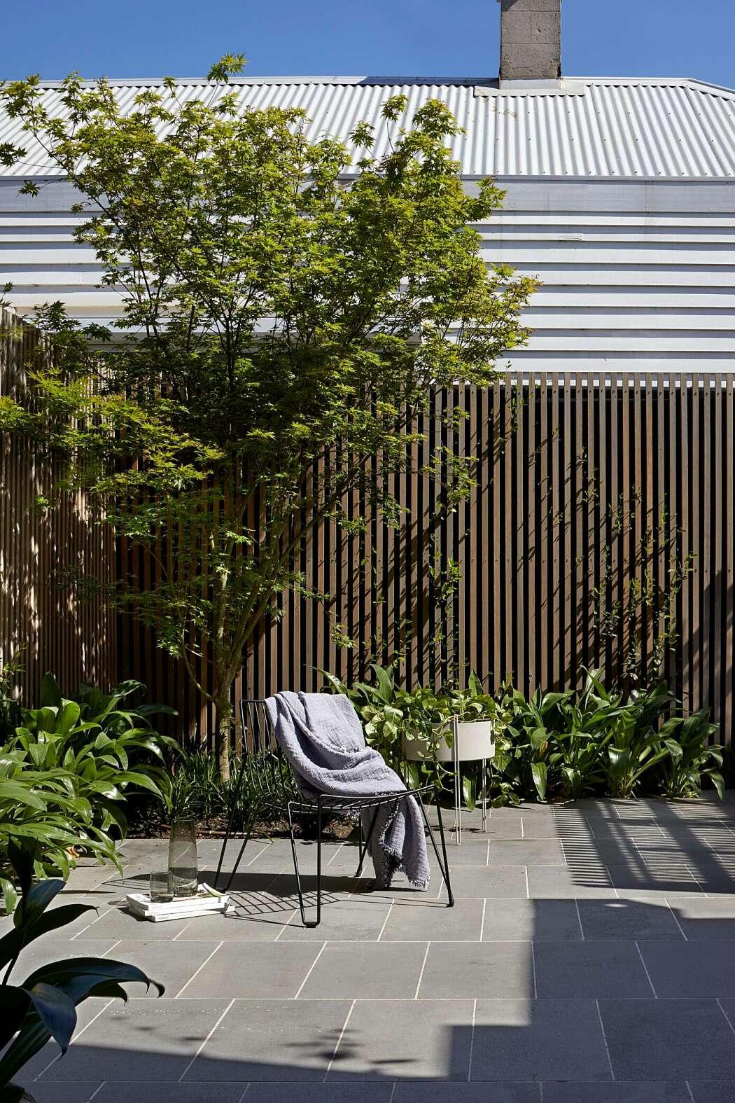 jardin conçu par les architectes tom robertson