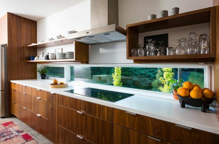 cuisine-design-avec-fenêtre