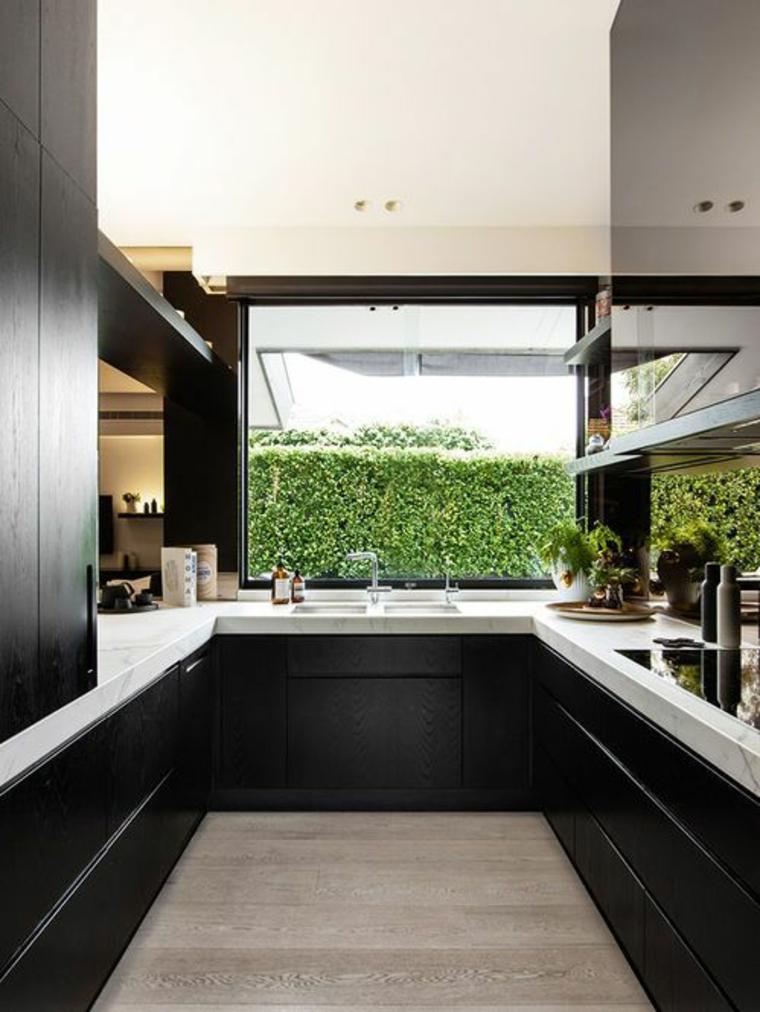 Vista-al-jardin-de-la-cocina
