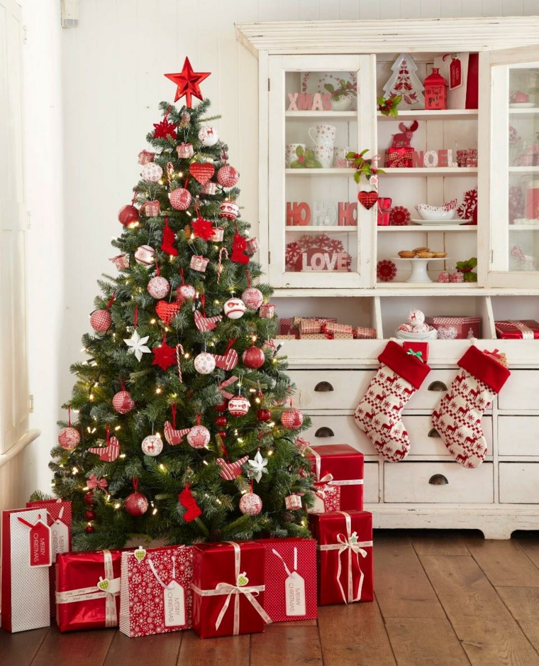 le sapin de noel-decoration-traditionnelle