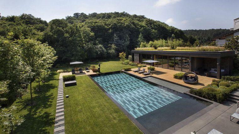 maisons-modernes-jardin-grande-piscine