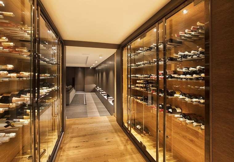 maisons-moderne-interieur-bouteilles-vin