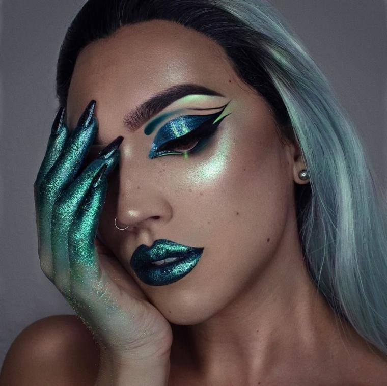 maquillage-halloween-vert-paillettes