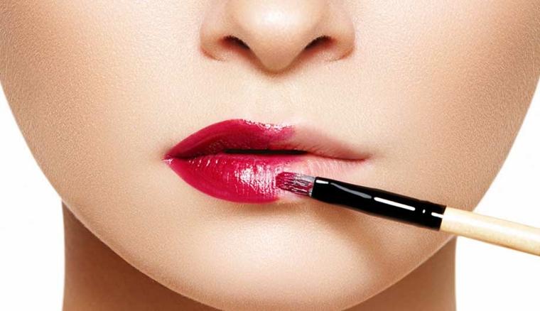 maquillage pour les lèvres-techniques-astuces
