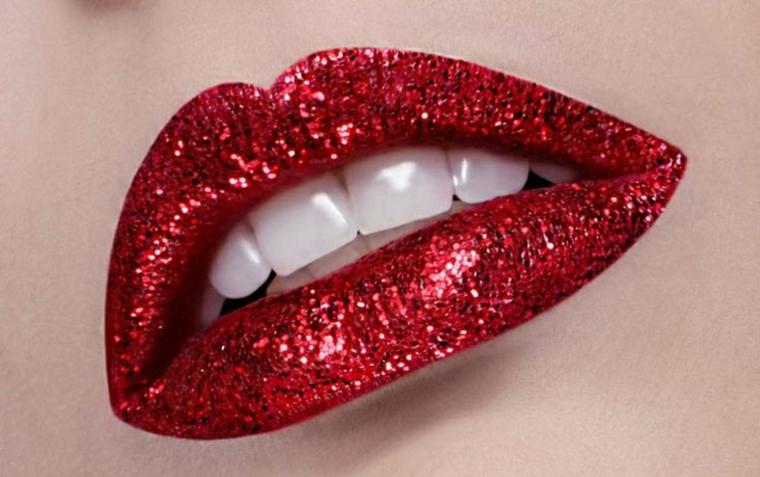maquillage professionnel-lèvres-maison
