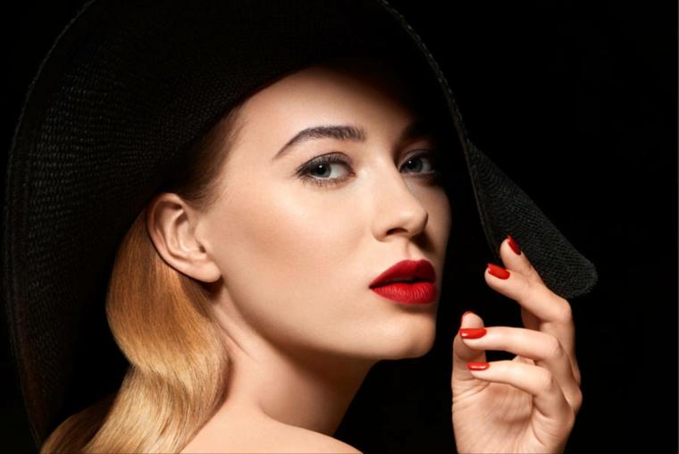 maquillage de nuit-peinture-levres