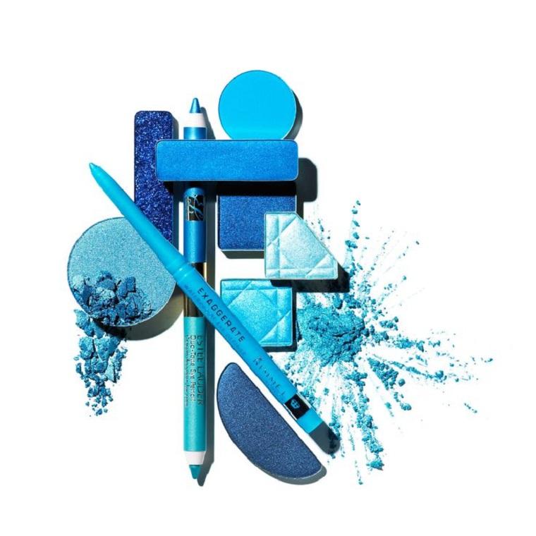 maquillage-perfection-blush-couleur-bleu-produits