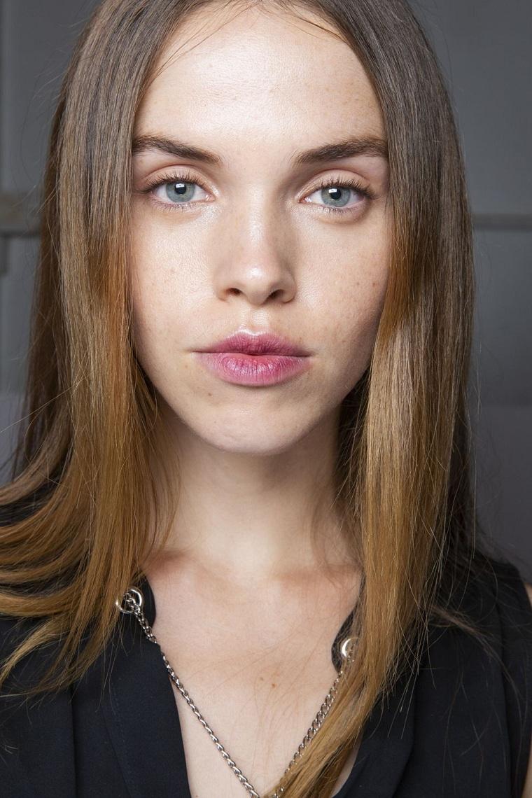 maquillage-des-podiums-Jonathan-Simkhai