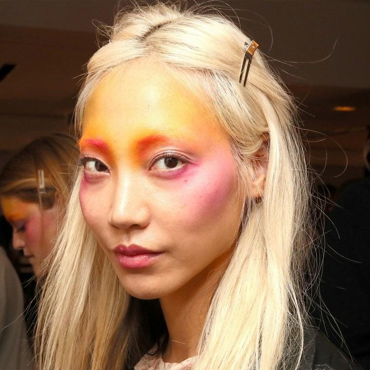 Anna-Sui-mode-printemps-2019-idées-maquillage-original