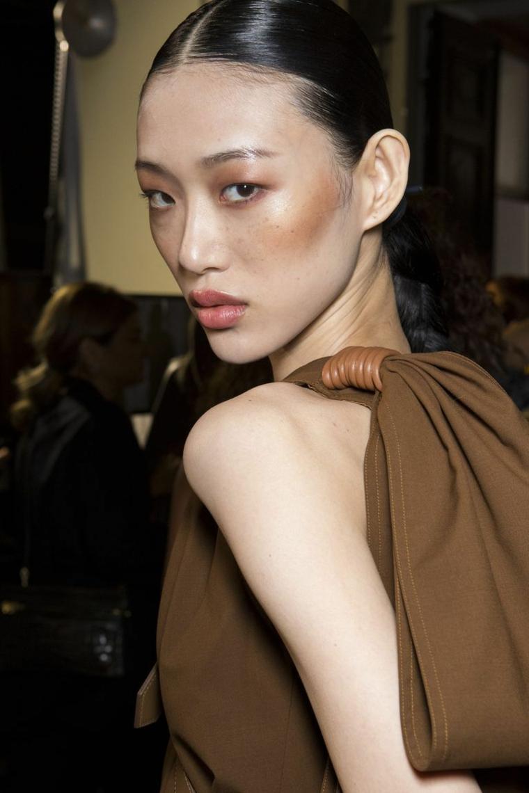 max-mara-maquillaje-primavera-2019-idees-pasarela