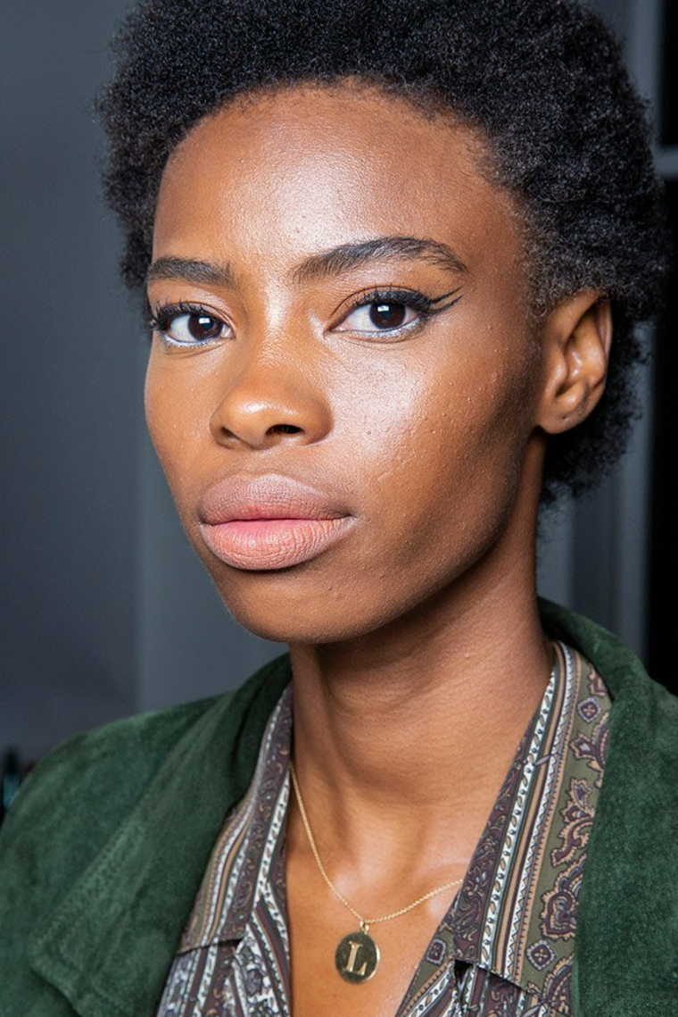 laquan-smith-printemps-2019-eyeliner-yeux-style-mode