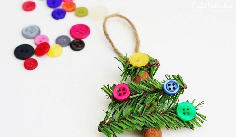 boutons de Noël cannelle décorés