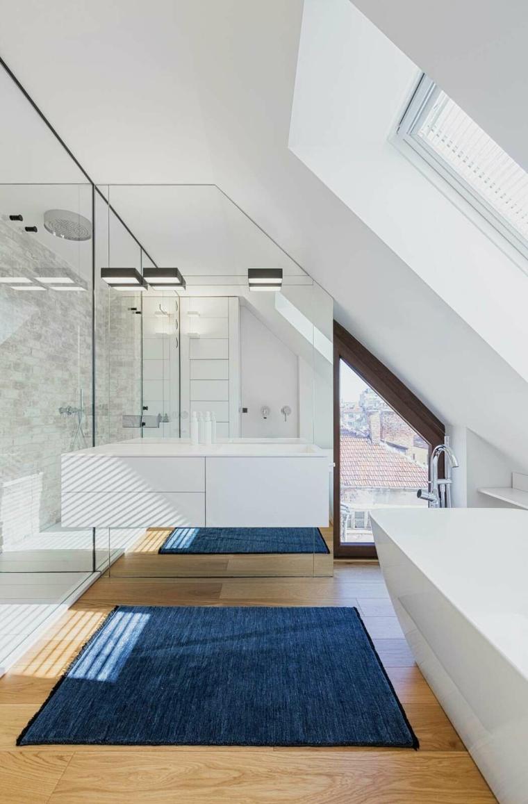 meubles et accessoires pour la salle de bain