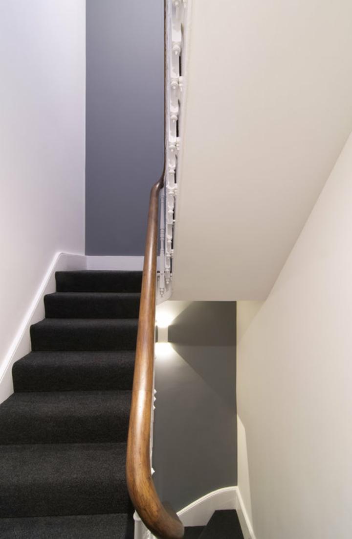 escalier-accès-étages supérieurs