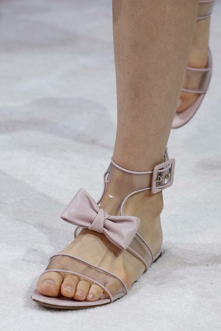 fashion-present-summer-essential-shoes-Valentino-sandals