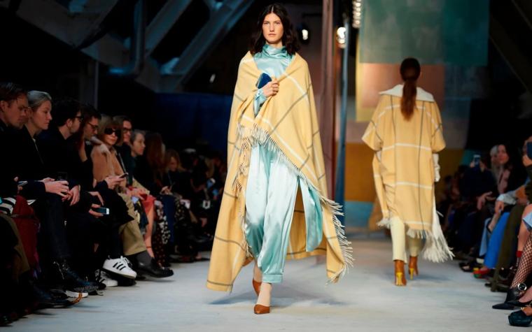 couvertures de mode pour femmes