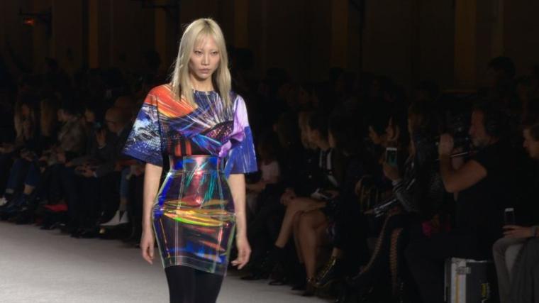 robe en couleurs fluo