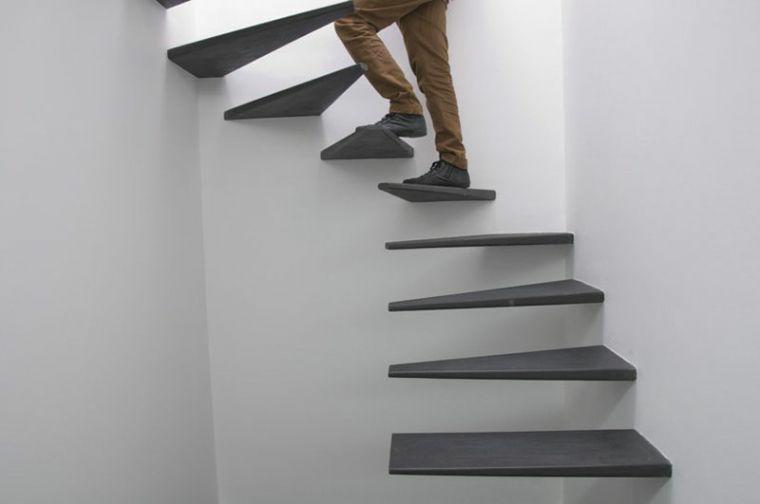modèles descalier-flottant-noir
