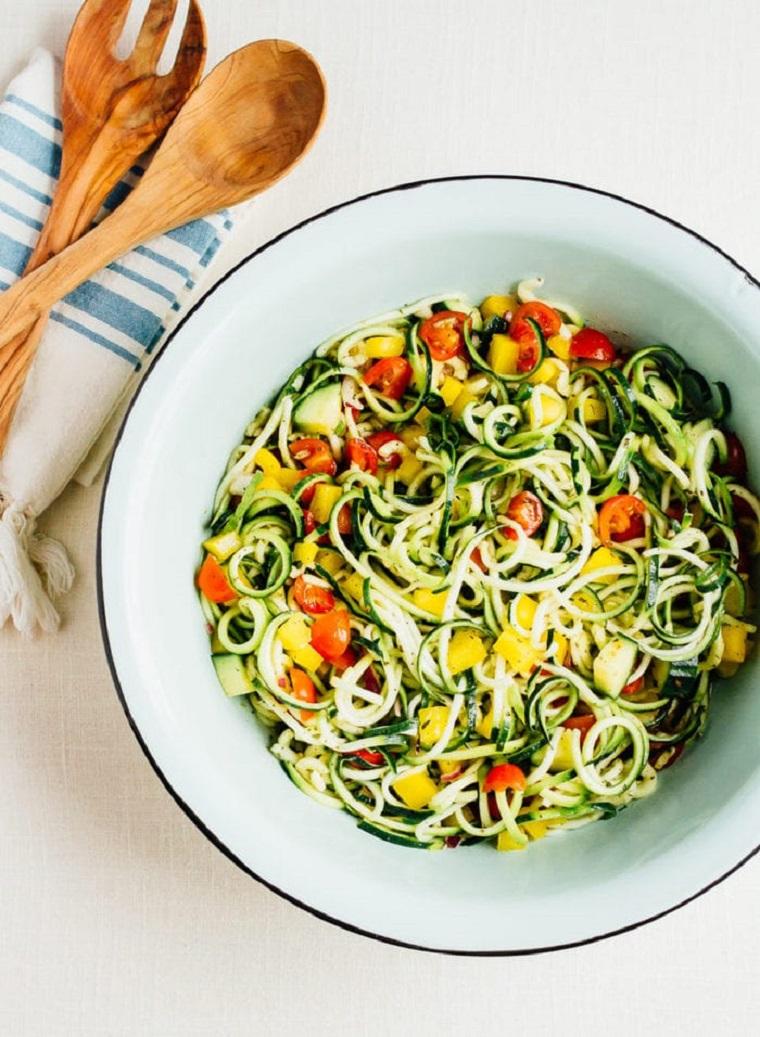 nouilles-courgettes-recettes-salade