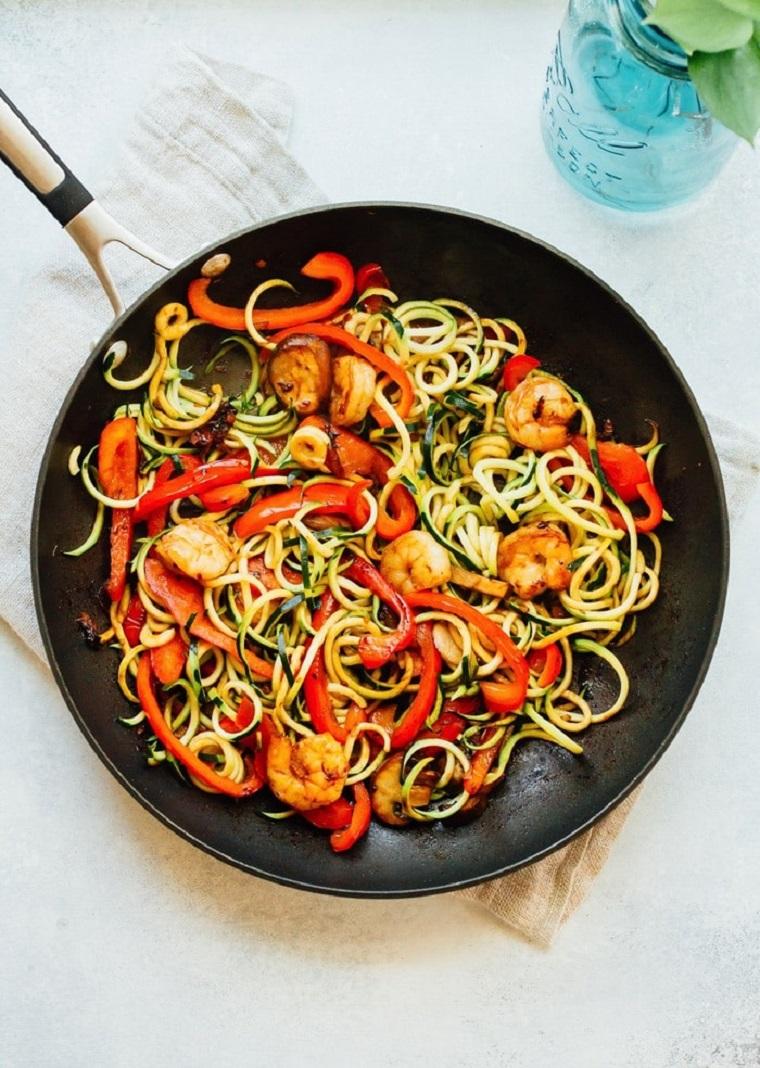 nouilles-courgettes-recettes-crevettes-riches-fabrication rapide