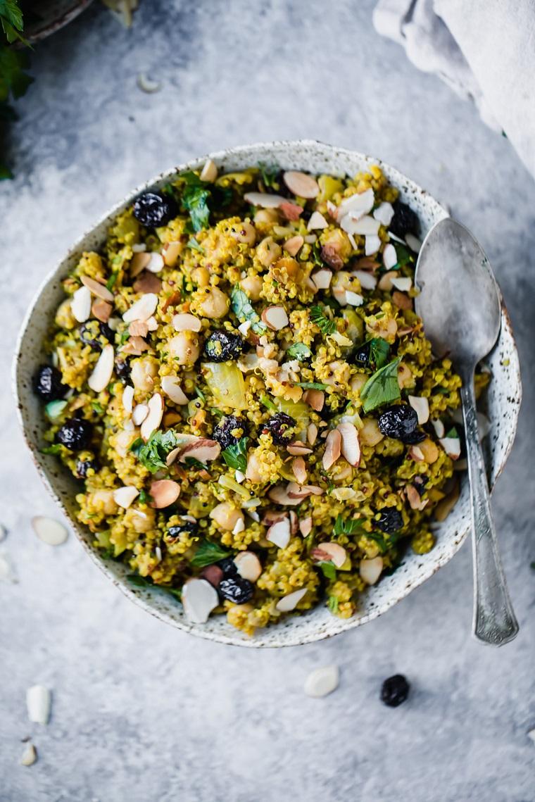 nourriture-végétalien-recettes-faciles-options-salade-quinoa