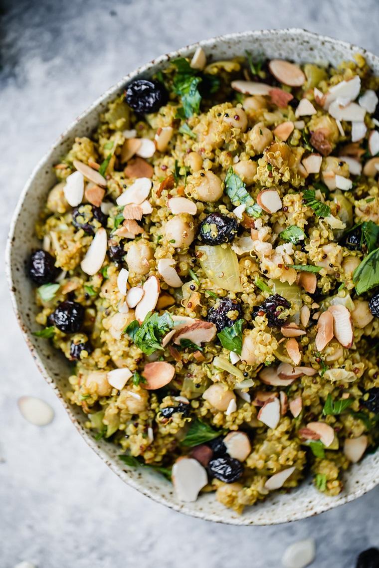 recettes-végétalien-recettes-faciles-options-salade-quinoa-pois chiches