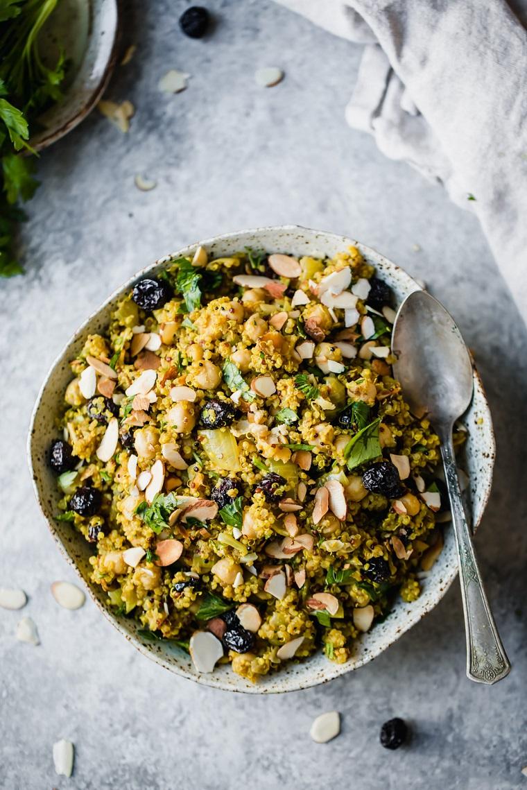 recettes-végétalien-recettes-faciles-options-salade-idées-pois chiches-quinoa