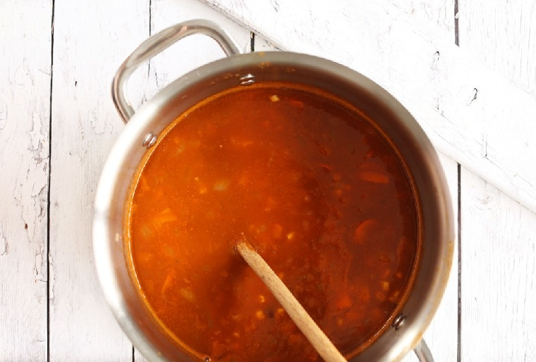 nourriture-végétarien-mexicain-recettes-riche-sauce-rouge