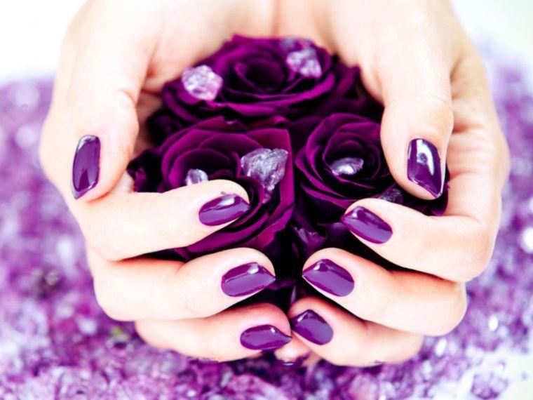 couleur-violet-lumineux-idées-un-hiver