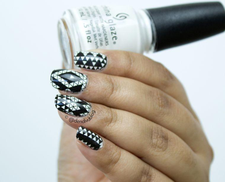 un peu-décoré-design-géométrique-blanc-noir