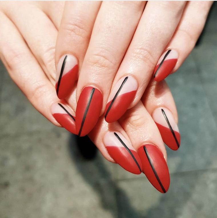 un peu-décoré-design-géométrique-style-rouge