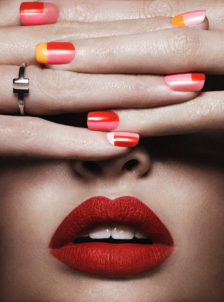 un-geometricas-mujer-manicura-ideas