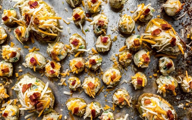 pommes de terre-al-horno-bacon-recette-ideal-relleno-rico