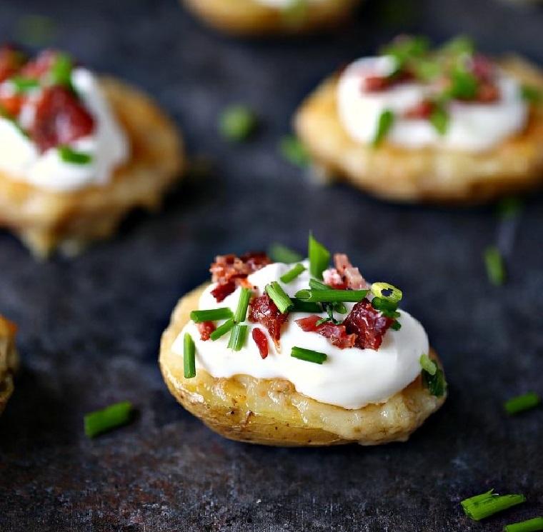 pommes de terre-al-horno-bacon-queso-crema-receta