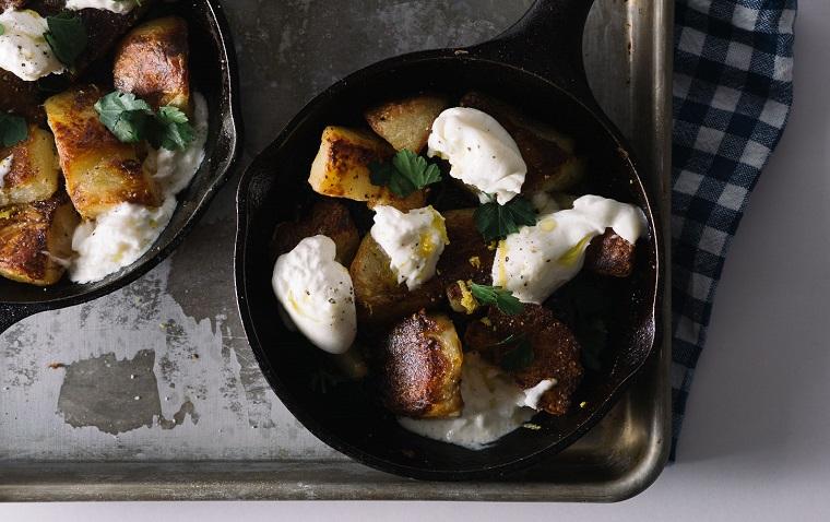 recette-pommes de terre-idées-au-four-fromage-burrata-saveur