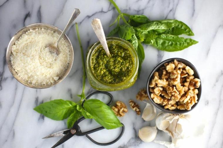 pesto-italien-à-noix