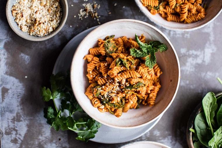 recette-lentilles-pates-tomates-seche-preparation-idees