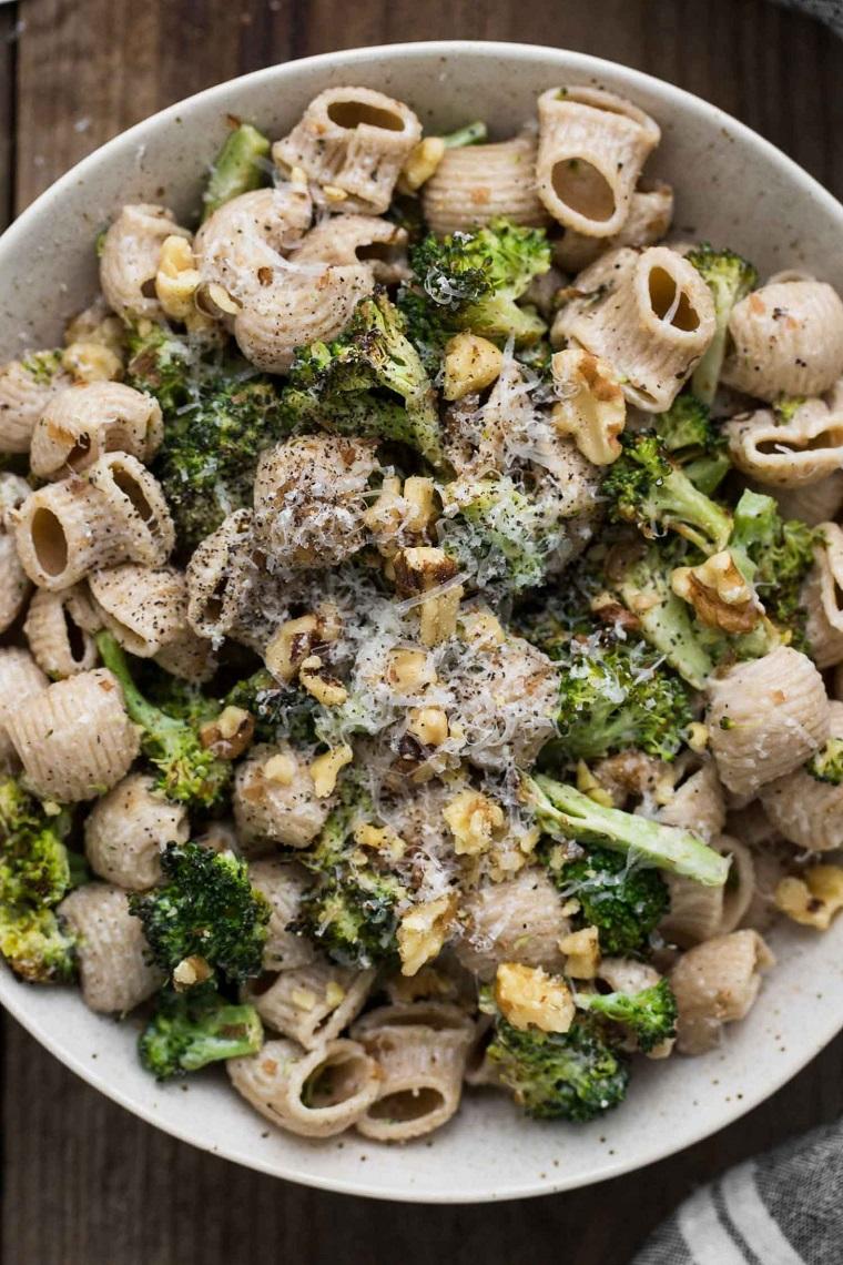 recettes-cob-brocoli-pâtes-fromage-chèvre