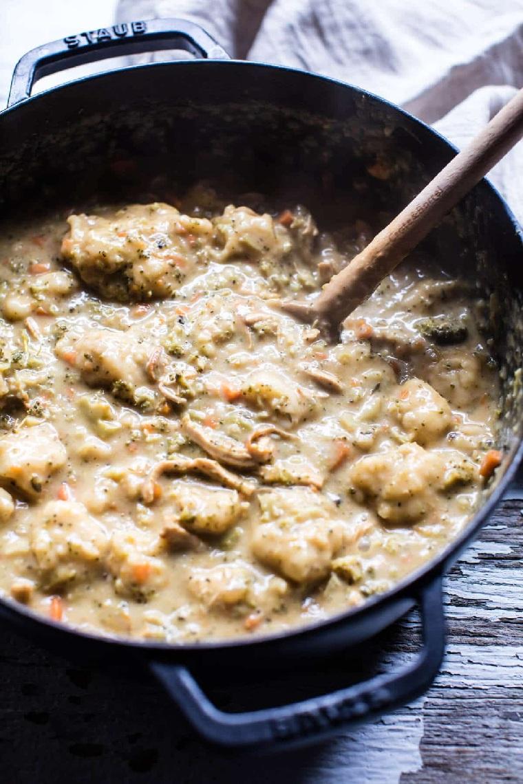 recettes-avec-poitrine-poulet-soupe-brocoli-fromage-chedar